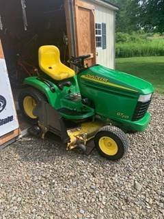 Lawn Mower For Sale 2005 John Deere GT245 , 20 HP