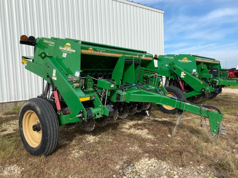2017 Great Plains 1006NT Grain Drill For Sale