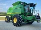 Combine For Sale:  2007 John Deere 9760 STS