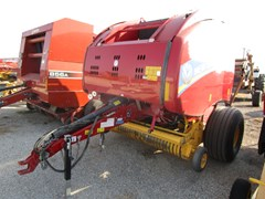 Baler-Round For Sale 2017 New Holland RB460