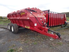 Manure Spreader-Dry/Pull Type For Sale 2014 Meyer 8720T