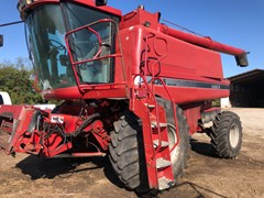 Combine For Sale 1998 Case IH 2366 , 240 HP
