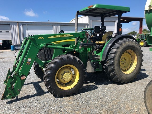 2009 John Deere 5095M Tractor - Utility For Sale