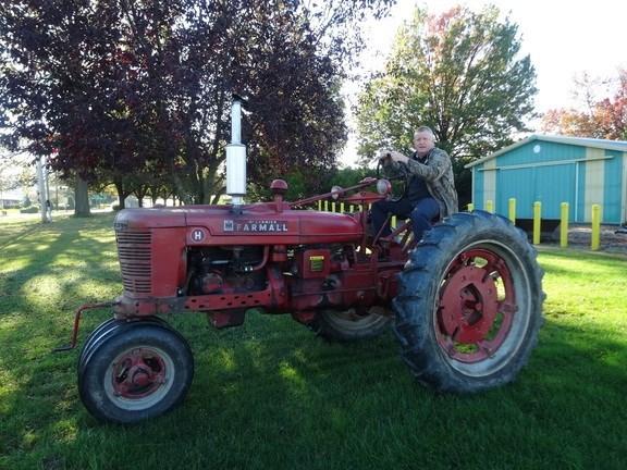 1951 Farmall H Tractor - Utility For Sale