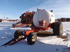 Liquid Fertilizer-Transport Nurse Trailer For Sale 2003 Bourgault LFC 2000
