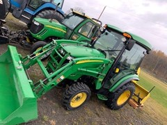 Tractor - Compact Utility For Sale:  2012 John Deere 3520 , 37 HP