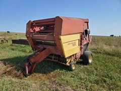 Baler-Round For Sale 1985 New Holland 855