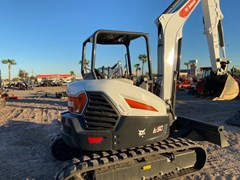 Excavator-Track  Bobcat E50