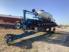 Planter For Sale 2010 Kinze 3660