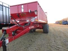 Manure Spreader-Dry/Pull Type For Sale 2020 Meyer 9524W-SH