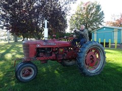 Tractor - Utility For Sale 1951 Farmall H , 26 HP