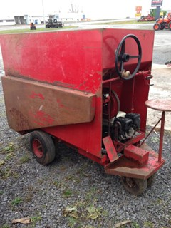 Feed Cart For Sale Uebler 810