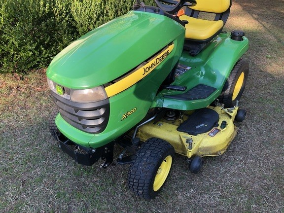 2011 John Deere X320 Riding Mower For Sale