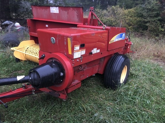 2015 New Holland BC5070 Baler-Square For Sale