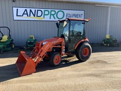 Tractor - Compact Utility For Sale 2015 Kubota b3350 , 33 HP