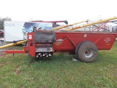 Manure Spreader-Dry/Pull Type For Sale 2015 Kuhn Knight 8114T