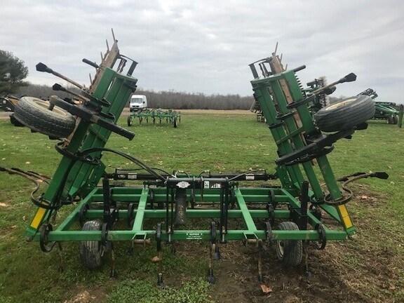 Unverferth Perfecta 21' Field Cultivator For Sale