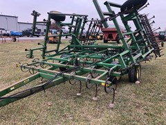 Field Cultivator For Sale 1990 John Deere 960