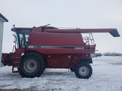Combine For Sale 2003 Case IH 2366