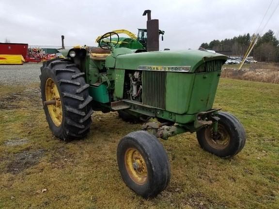 1969 John Deere 3020 Tractor - Utility For Sale