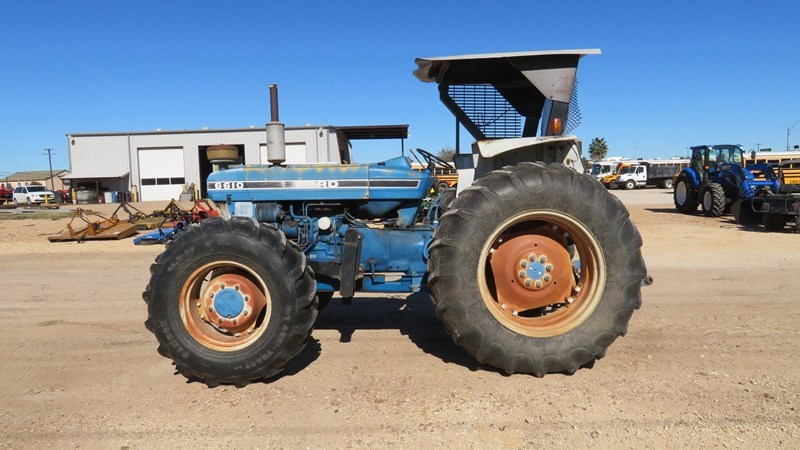 New Holland 6610 Tractor For Sale
