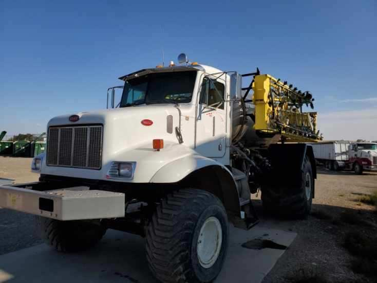 2004 Peterbilt  Floater/High Clearance Spreader For Sale