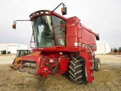Combine For Sale 1996 Case IH 2188 , 275 HP