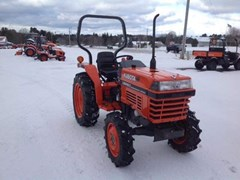 Tractor For Sale 2000 Kubota L3000DT , 32 HP