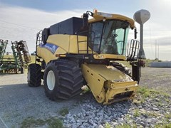 Combine For Sale 2014 New Holland CR9090
