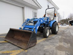 Tractor For Sale:   New Holland TC33 , 33 HP