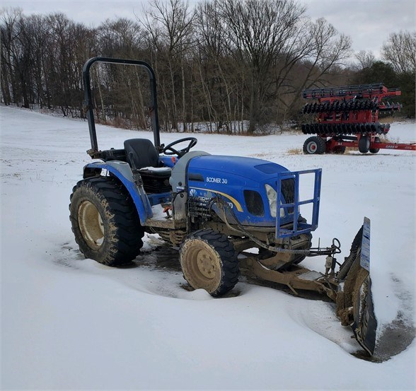 2013 New Holland BOOMER 30 Tractor For Sale