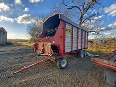 Forage Boxes and Blowers For Sale H & S Super 7+4