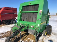 Baler-Round For Sale 1999 John Deere 566