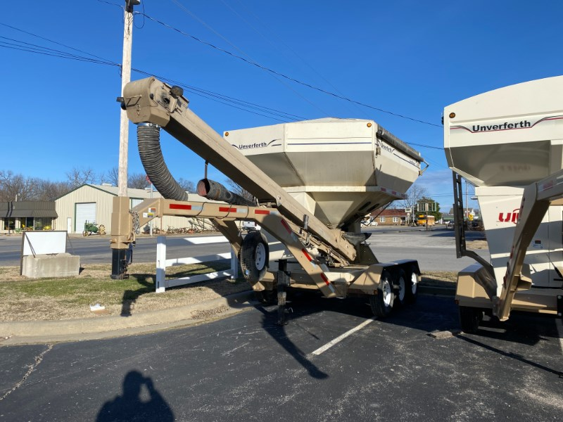 2009 Unverferth 3750 Seed Tender For Sale