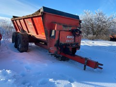 Manure Spreader-Dry For Sale Knight 8124