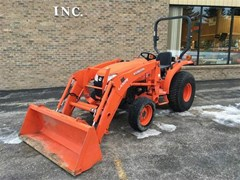Tractor For Sale 2017 Kubota L2501HST , 25 HP