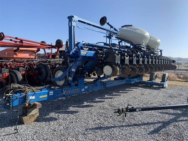 2000 Kinze 3660 Planter For Sale