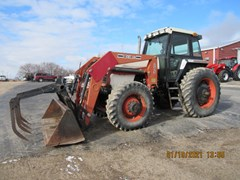Tractor For Sale Case IH 1896 MFD