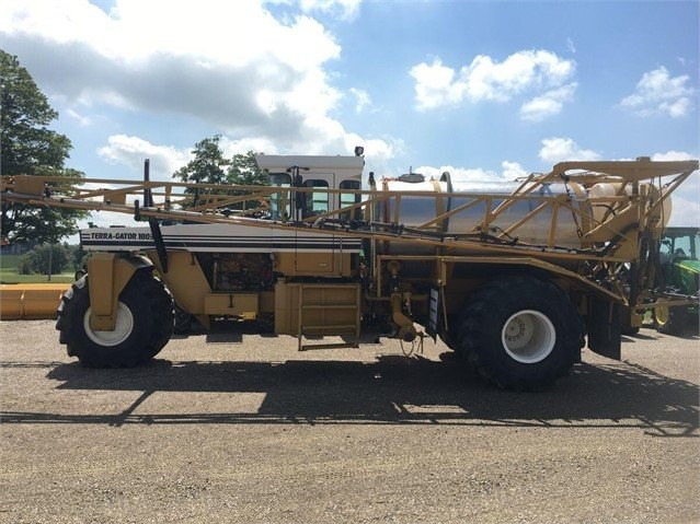 1994 Ag Chem 1803 Sprayer-Self Propelled For Sale
