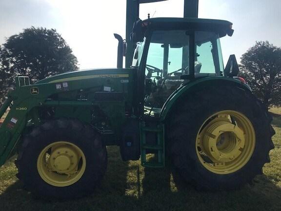 2017 John Deere 6135E Tractor - Utility For Sale