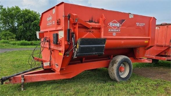 2014 Kuhn Knight RA142 Feeder Wagon-Portable For Sale