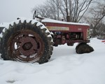 Tractor For Sale:  Farmall 300