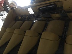 Header-Corn For Sale 2005 New Holland 98C