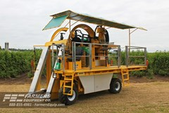 Berry Harvester-Self Propelled For Sale 2021 Oxbo International Corporation 9140 , 58 HP