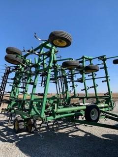 Field Cultivator For Sale 2004 John Deere 2210