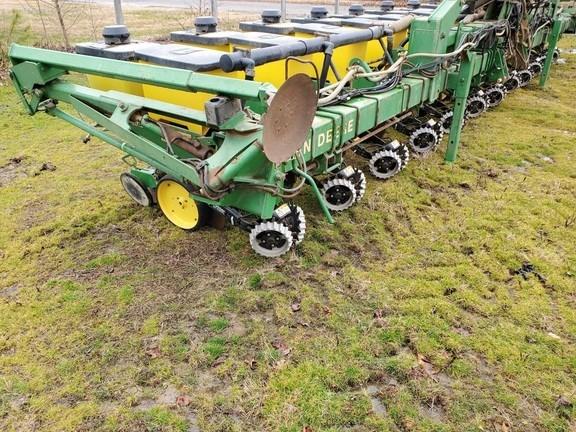 John Deere 7300 Planter For Sale