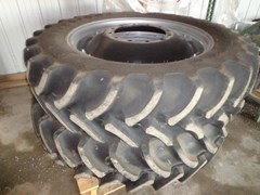 Wheels and Tires For Sale 2015 Case IH Firestone 12 bolt rim w/380/80 R38