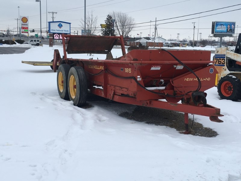 2004 New Holland 185 Manure Spreader-Dry For Sale