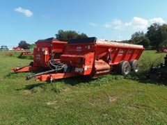 Manure Spreader-Dry/Pull Type For Sale Kuhn Knight SL118
