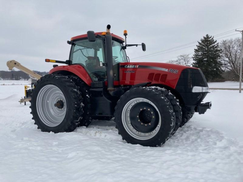 2010 Case IH Magnum 305 Tractor For Sale
